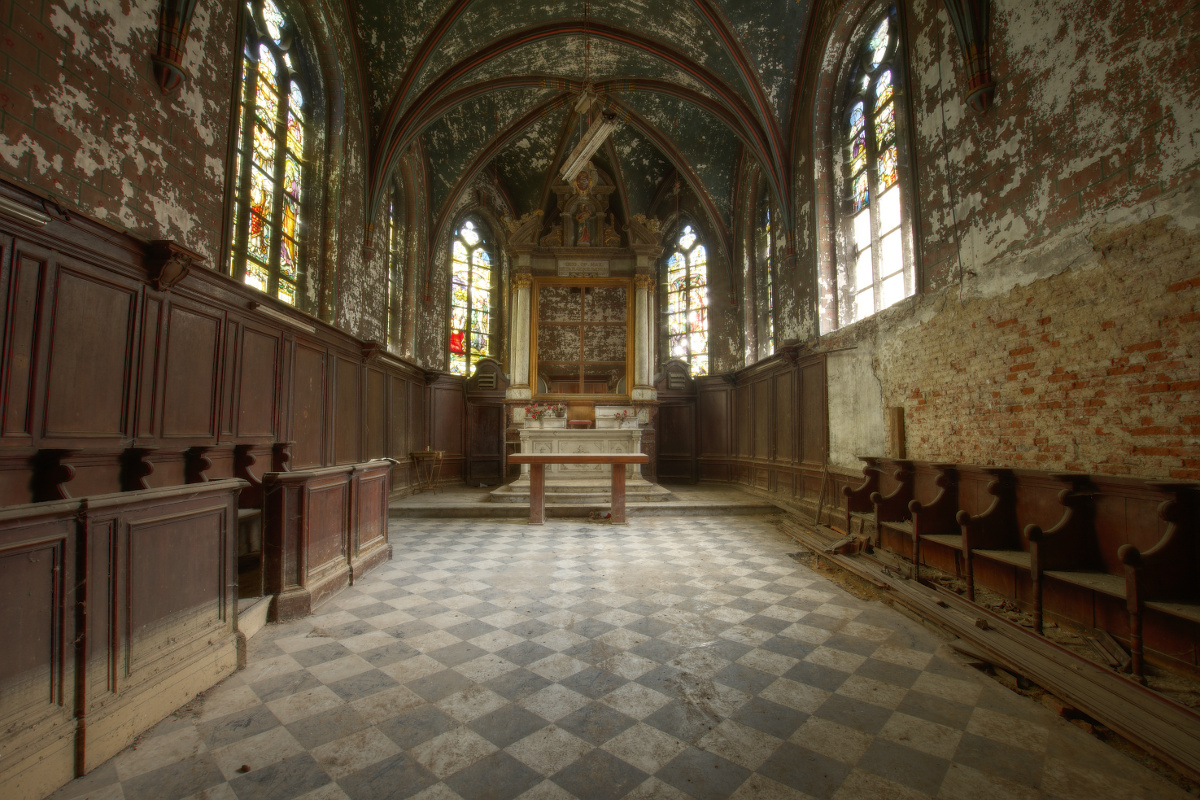 la chapelle de la. Urbex - Chapelle De La Rose 04