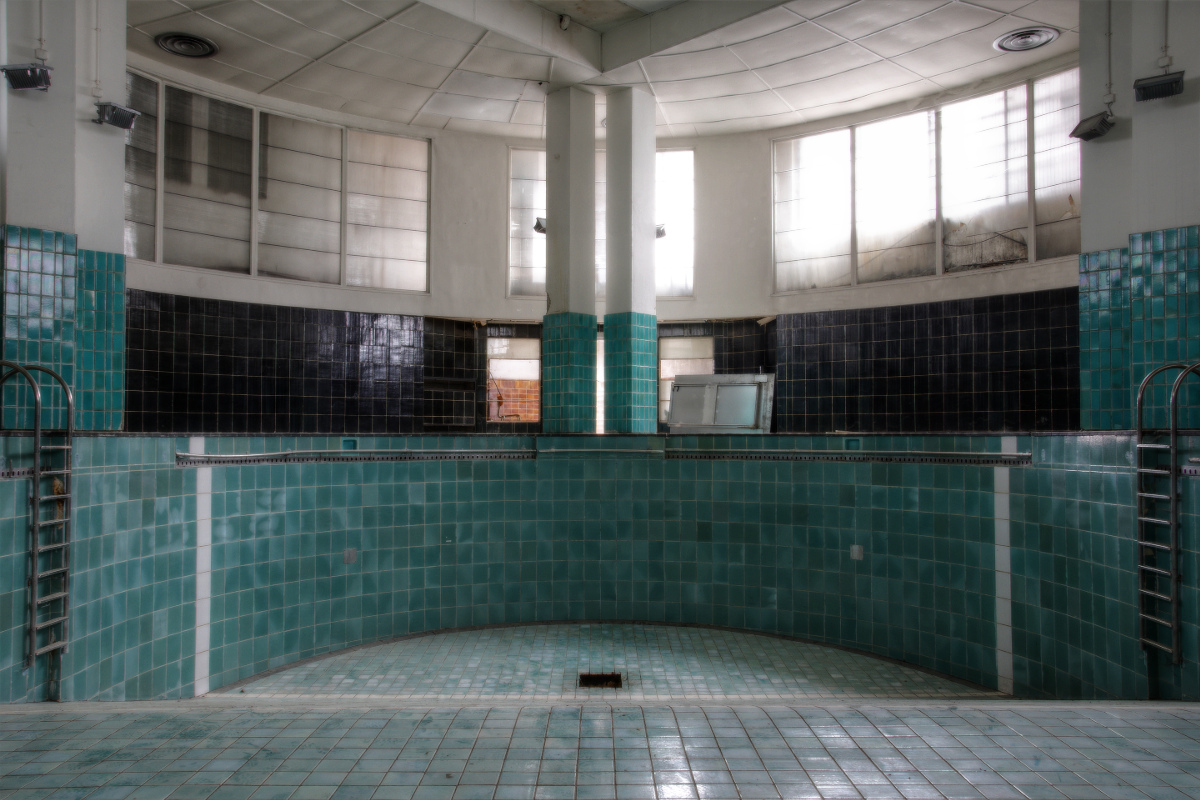 Urbex piscine art deco miso photography for Piscine 05
